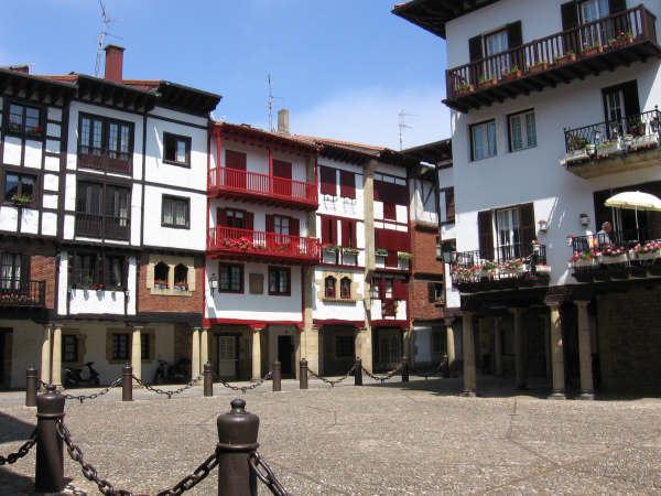 Экскурсии в исторические города на побережье Испаниии