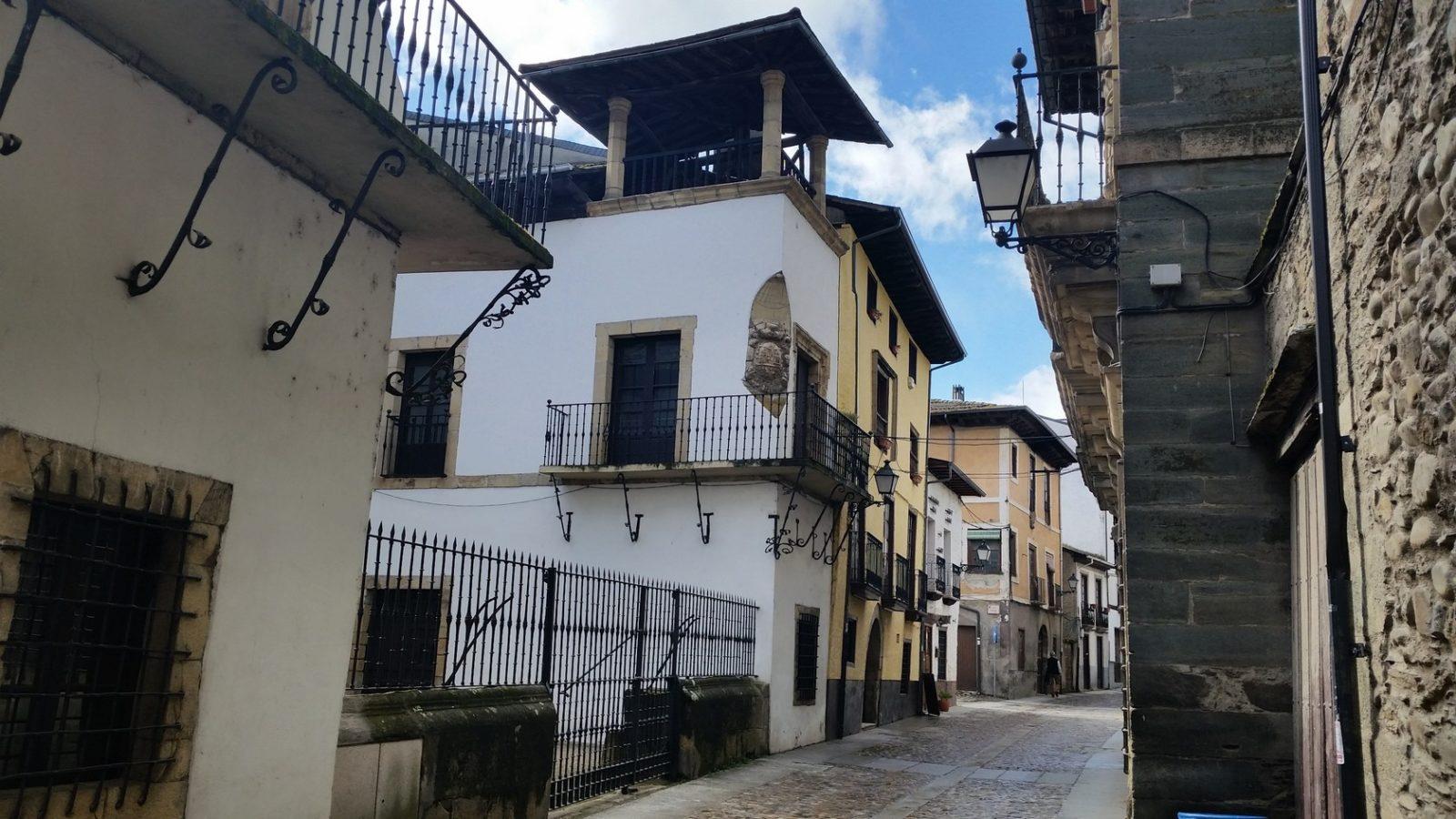 Города Кастилии и Леона на пути в Сантьяго