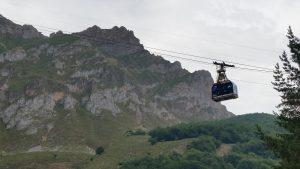 Подъем к вершинам Пиков Европы на фуникулере