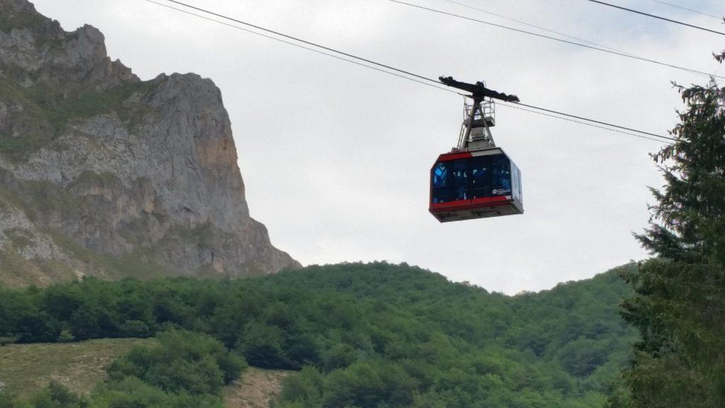 организация отдыха в горах на севере Испании