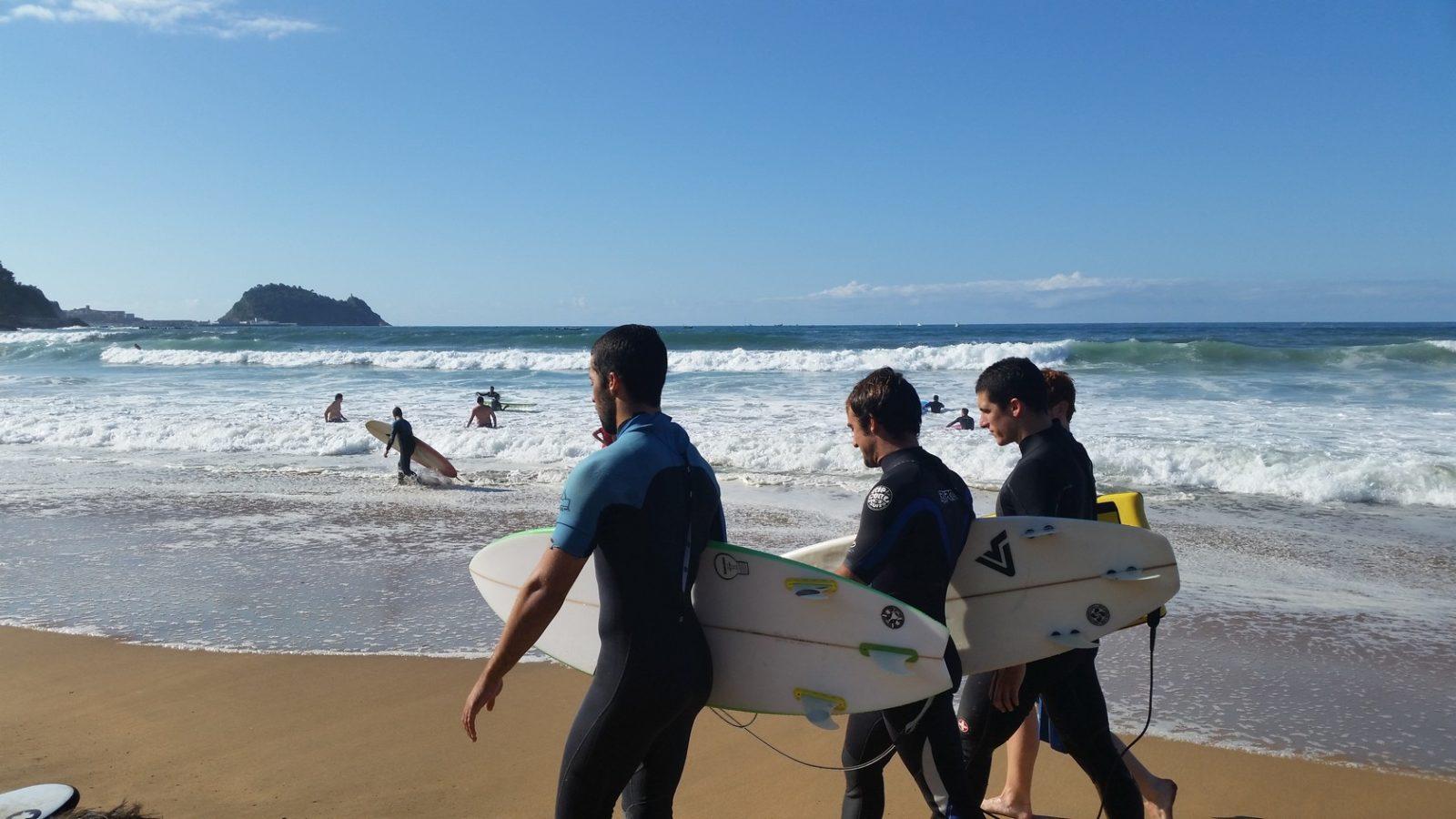 серфинг в сан себастьяне