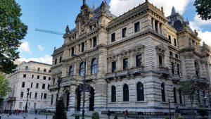 Знакомство с архитектурой Бильбао с гидом по северу Испании