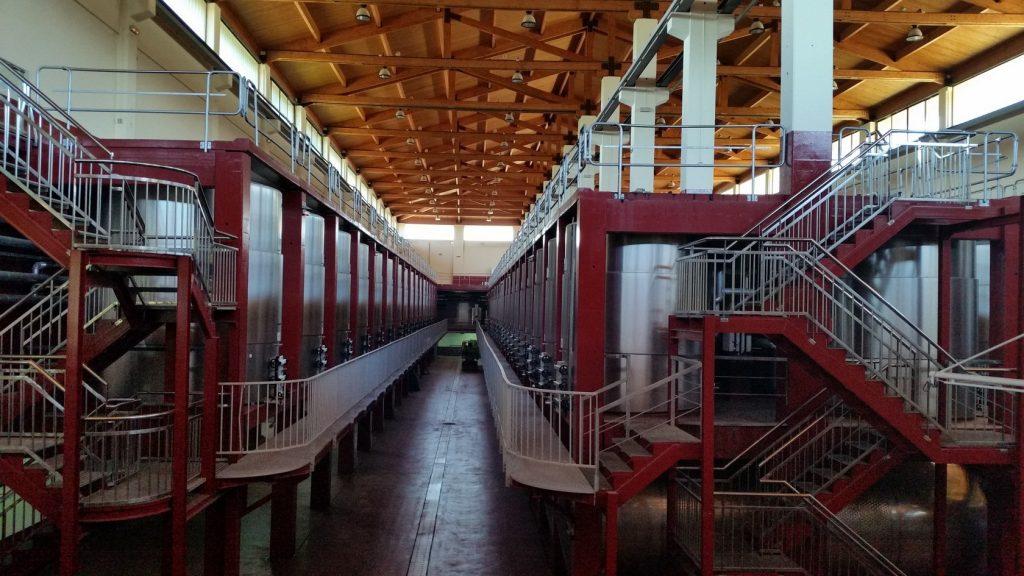экскурсия в цеха винодельни Абадия Ретуэрта