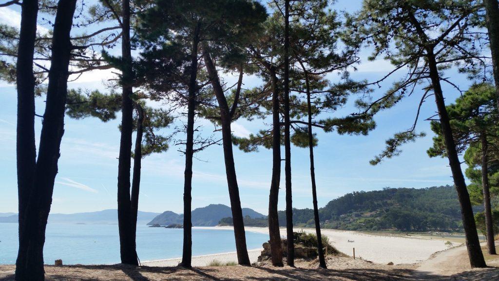 Морские прогулки на острова Сиес