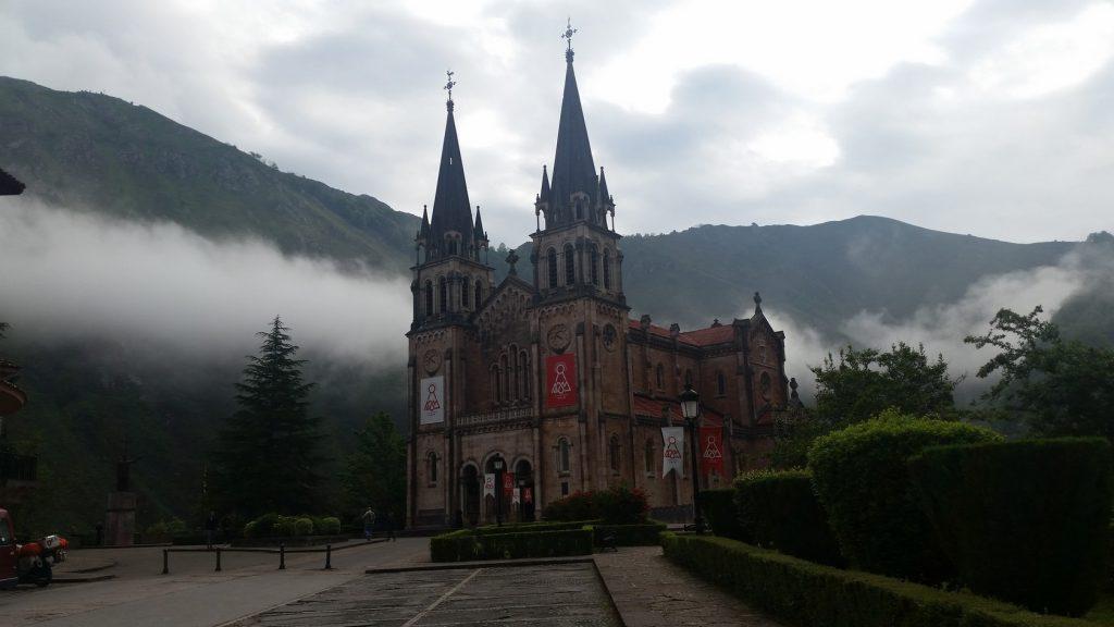 Экскурсия в Ковадонгу с гидом по северу Испании