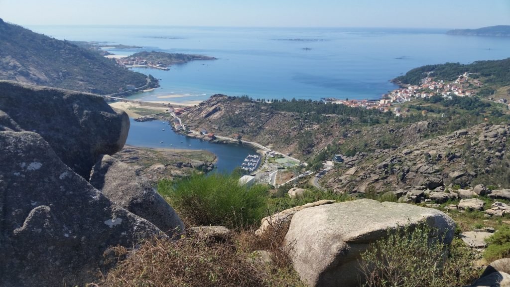 Остановка паломников в рыбацких деревнях Галисии