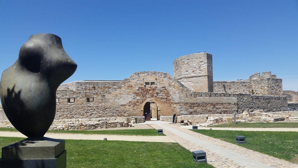 экскурсия в крепость Саморы