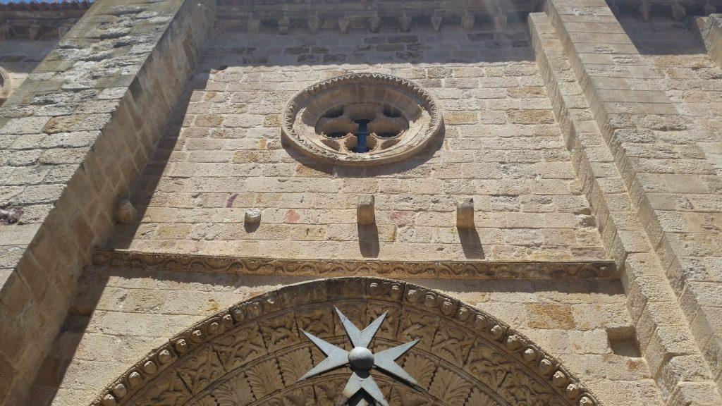 Посещение романских храмов Саморы