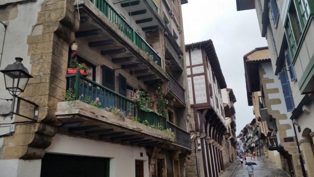 Знакомство с исторической архитектурой севера Испании