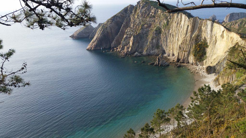 Экскурсии по живописному побережью севера Испании