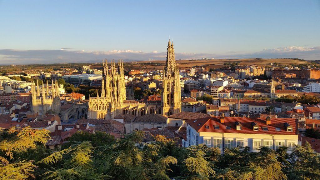 Соборы на паломническом пути в Сантьяго