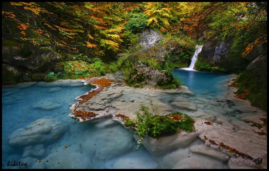 экскурсии к водопадам Наварры