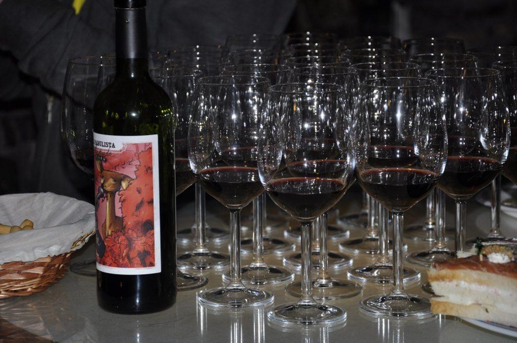 Организация дегустаций в винных погребах исторических виноделен