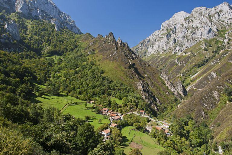 Поездки в красивые места севера Испании