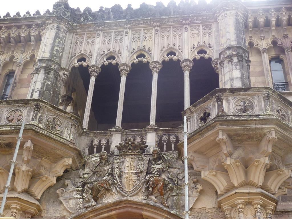 Экскурсии во дворец Маркиза в городе Комильяс