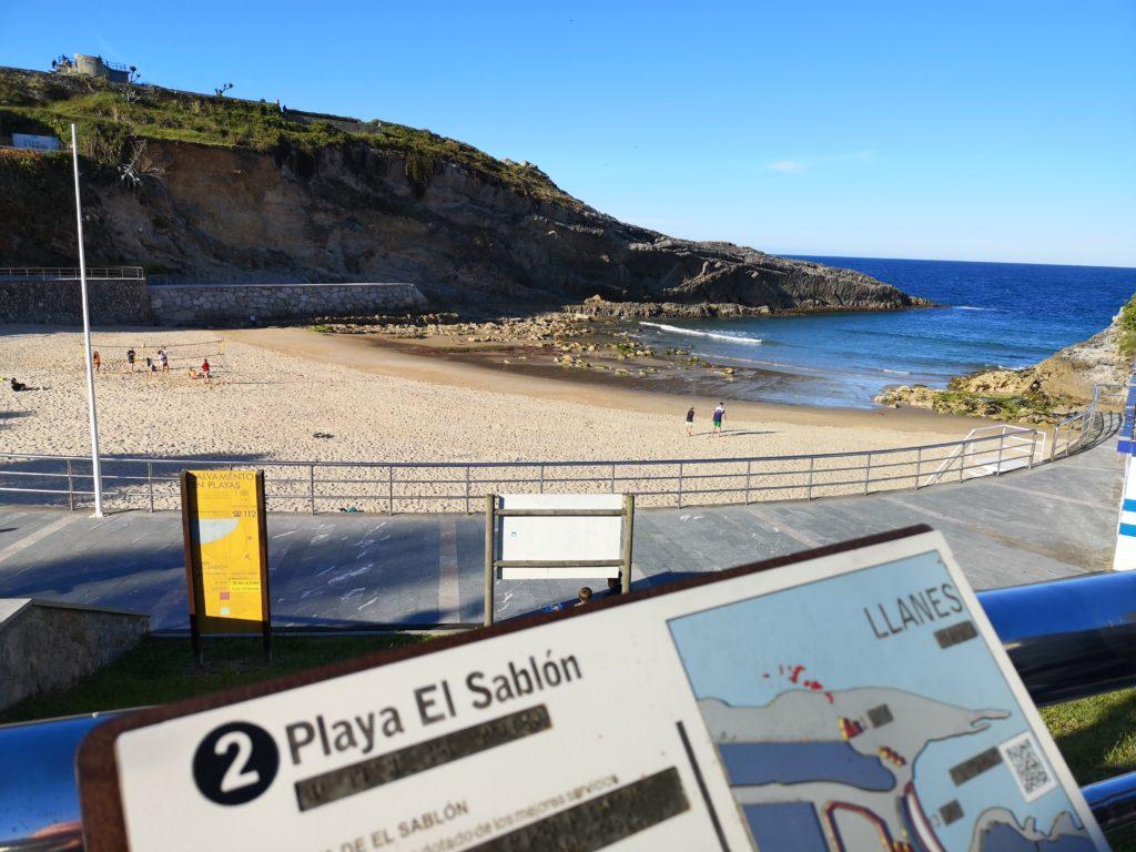 Отдых на пляжах северной Испании с голубым флагом
