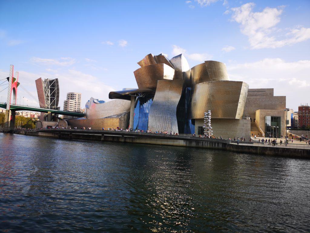 Экскурсии в музей Гуггенхайма в Бильбао