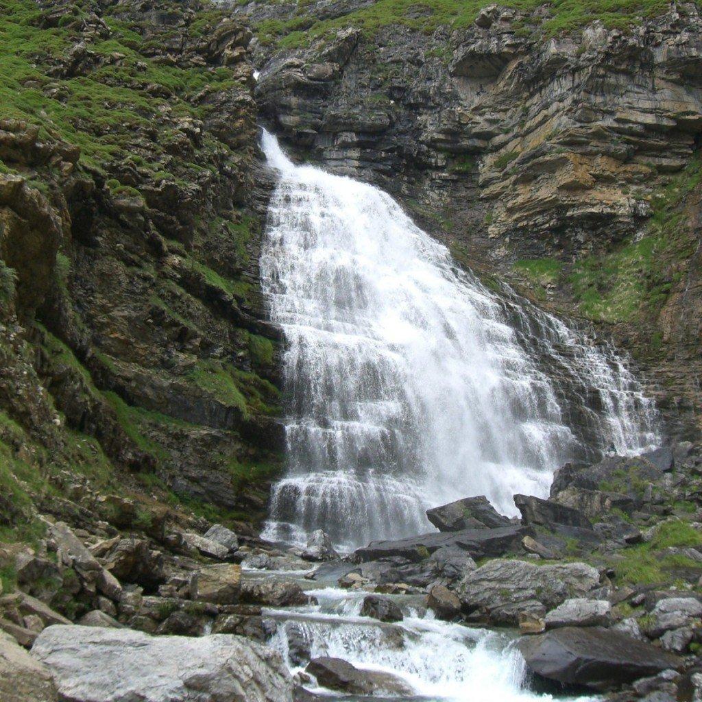 экскурсии к водопадам
