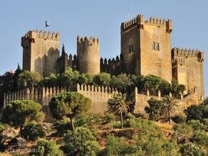 экскурсии в замки Исании