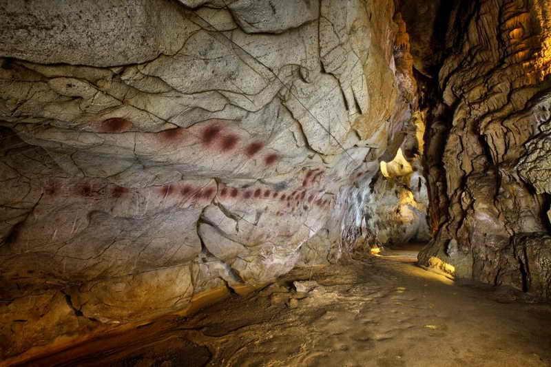Посещение пещер с росписями