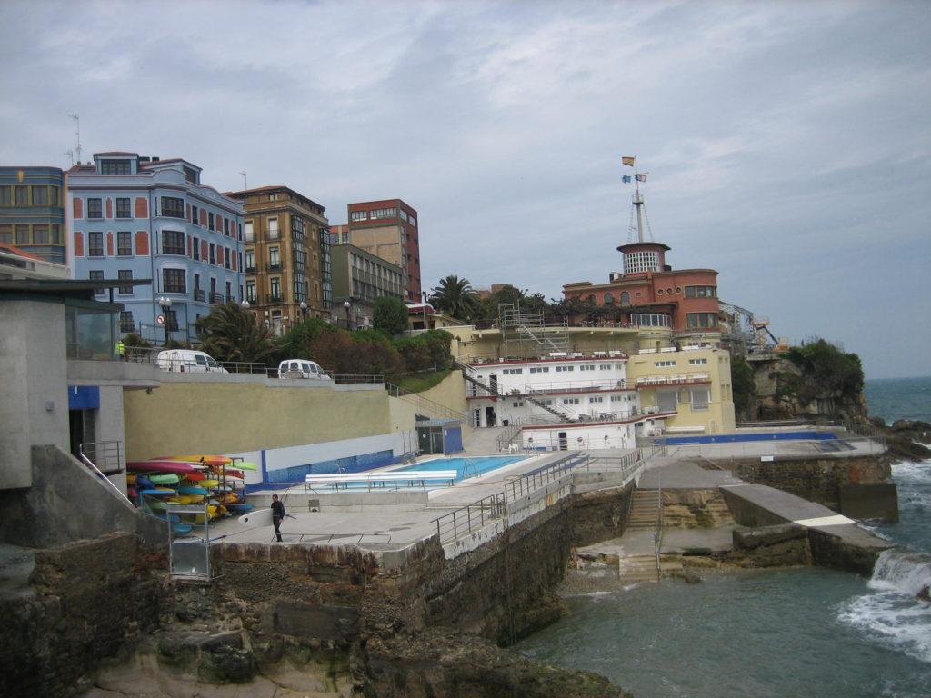 Отдых у моря на севере Испании