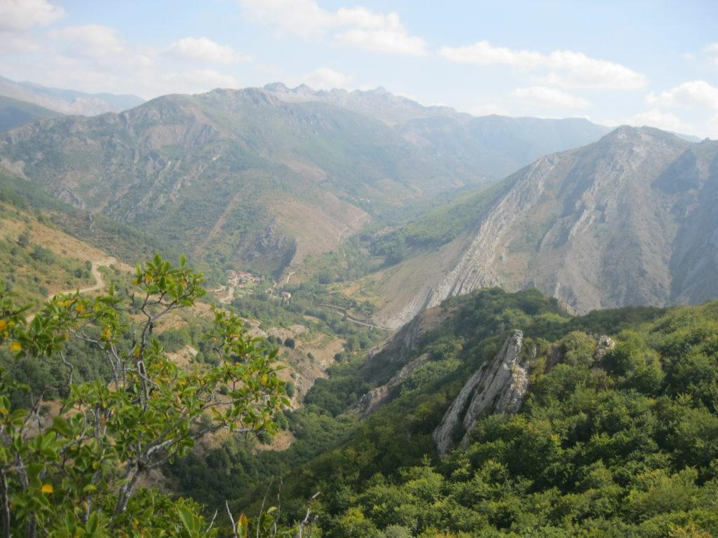 Экскурсии в горные пещеры
