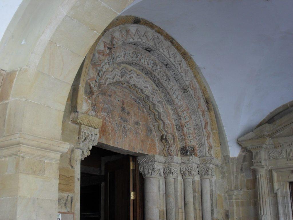 Знакомство с дороманскими храмами северной Испании