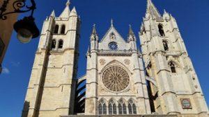 экскурсии в собор Леона
