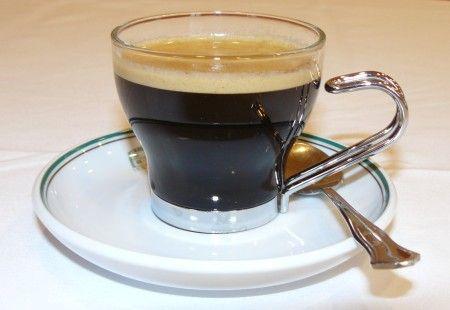 Cafe doble – двойной черный кофе.