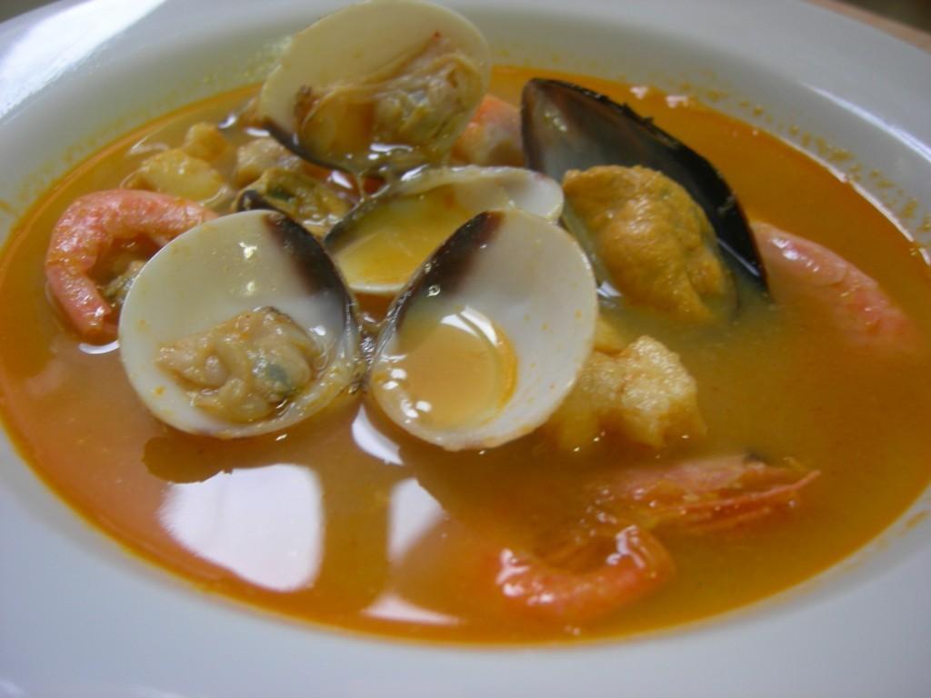 Sopa de mariscos – суп из морепродуктов.