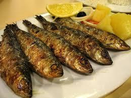 Sardinas asadas–приготовленные на гриле сардины.