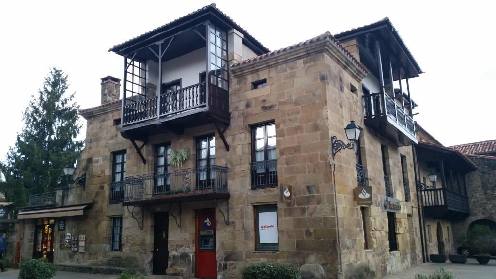Архитектура деревенских построек на севере Испании