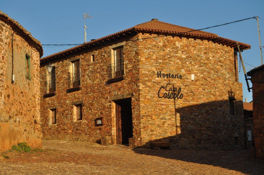 знакомство с архитектурой красивых деревень Испании